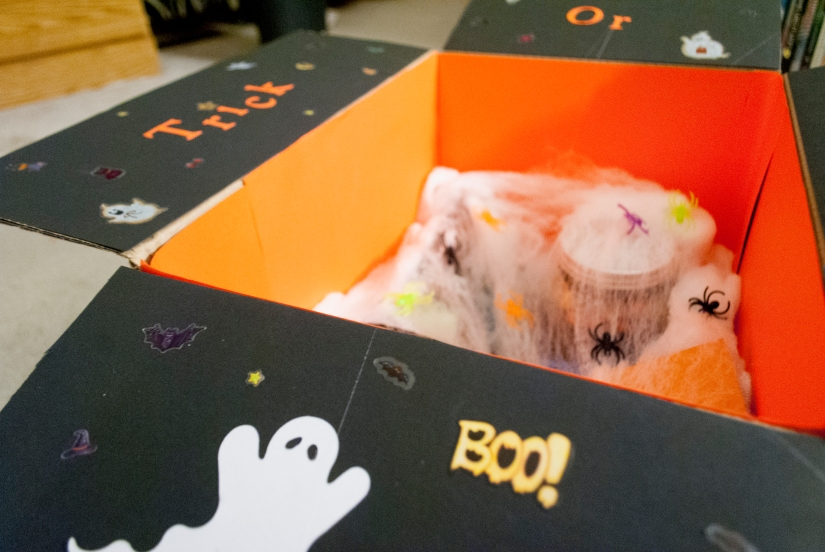 What's in my Halloween Care Package 2015